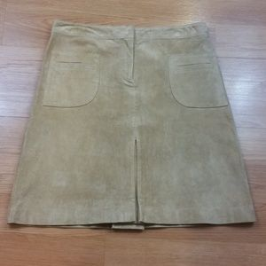 💥3 for $20💥 Lilly Pulitzer Tan Suede Skirt